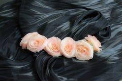 De donkere artistieke achtergrond van de stoffentextuur/Artistieke stof textur Stock Fotografie