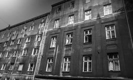 De donkere bouw in Joods kwart in Krakau Stock Fotografie