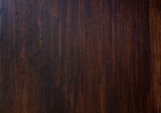 De donkere bruine achtergrond van de hardhouttextuur De oude houten muur van Grunge Royalty-vrije Stock Afbeelding