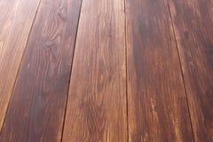 De donkere bruine houten textuur van de plankmuur Landhuisachtergrond Royalty-vrije Stock Afbeeldingen