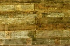 De donkere bruine uitstekende klassieke houten plankmuur is creeert door velen harde houten plank samen bevestigend door schroef  Royalty-vrije Stock Fotografie