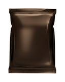 De donkere bruine zak van de zakfolie die op witte backgrou wordt geïsoleerd Stock Fotografie