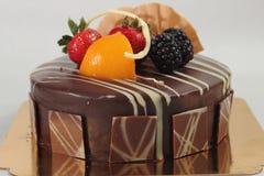 De donkere cake van de chocoladeaardbei Royalty-vrije Stock Foto's