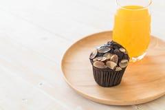 de donkere cake van de chocoladekop Stock Afbeelding