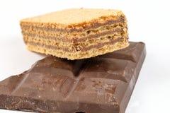 De Donkere Chocoladereep van het wafeltjekoekje Stock Foto's