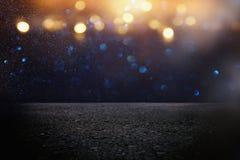 de donkere concentraat of asfaltvloer met donkere zwarte schittert achtergrond Royalty-vrije Stock Foto's