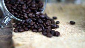 De donkere Geroosterde Bonen van de Koffie Stock Foto's