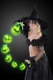 De donkere Halloween heks Stock Foto