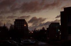 De donkere hemel bij dageraad Royalty-vrije Stock Afbeeldingen