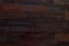 De donkere houten bruine achtergrond van de korreltextuur Aard oude grunge patt Stock Foto