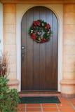 De donkere houten deur van Kerstmis Stock Foto