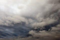 De donkere, Onheilspellende Wolken van de Regen Stock Afbeelding