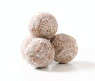 De donkere truffels van de chocoladeamandel Royalty-vrije Stock Foto's