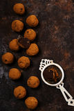 De donkere truffels van de chocoladeavocado Stock Afbeelding