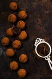 De donkere truffels van de chocoladeavocado Stock Fotografie