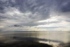 De donkere wateren van de Golf van Puck Royalty-vrije Stock Fotografie