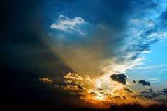 De donkere wolken van het onweer Royalty-vrije Stock Afbeelding