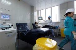 De donor geeft bloed Royalty-vrije Stock Foto's