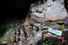 De doodskisten van het Lumianghol - Filippijnen Stock Foto's