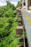 De Doodsspoorweg van Kanchanaburi aan Nam Tok Royalty-vrije Stock Foto
