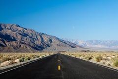 De doodsvallei Californië van de weg Stock Afbeelding