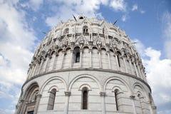 De Doopkapel van de kathedraalkerk; Pisa Royalty-vrije Stock Foto's