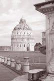 De Doopkapel van de kathedraalkerk; Pisa; Italië Stock Afbeelding