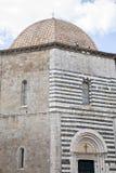 De Doopkapel van de kathedraalkerk, Volterra; Toscanië Royalty-vrije Stock Foto's