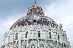De Doopkapel van Pisa (Italië) Royalty-vrije Stock Foto's