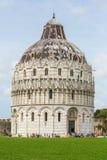 De Doopkapel van Pisa van St John (Piazza dei Miracoli, Pisa, Italië Royalty-vrije Stock Foto
