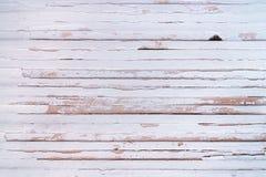 De doorstane houten muur schilderde wit royalty-vrije stock afbeeldingen