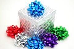 De doos en de bogen van de gift Royalty-vrije Stock Afbeelding
