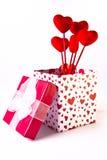 De Doos en het Boeket van de Gift van de valentijnskaart Stock Afbeeldingen