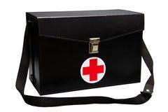 De doos van de eerste hulpuitrusting op witte achtergrond of geïsoleerde achtergrond, Noodsituatiegeval gebruikte hulpdoos voor d Stock Fotografie