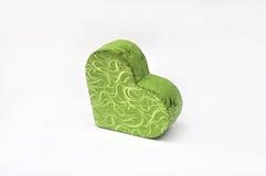 De doos van de gift in hartvorm stock afbeeldingen