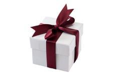De doos van de gift met rode boog Stock Afbeelding