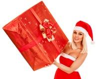 De doos van de Kerstmisgift van de meisjesholding stock foto's