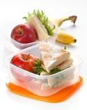 De doos van de lunch met sandwich Stock Afbeeldingen