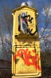 De Doos van de Noodoproep van Graffitized Royalty-vrije Stock Foto