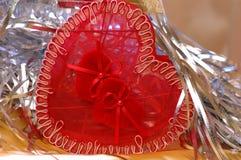 De doos van het de daghart van valentijnskaarten Stock Foto