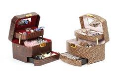 De doos van het leer voor schoonheidsmiddel of juwelen royalty-vrije stock afbeelding