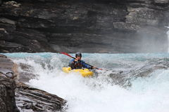 De dos mangos en kayaking fotos de archivo