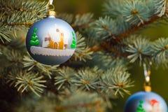 De dos piezas de la decoración de la Navidad Imagenes de archivo