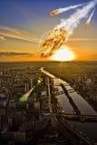 De douche van de meteoriet over de Toren van Parijs Eiffel Stock Afbeeldingen
