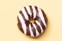 De doughnut van de chocolade stock afbeeldingen