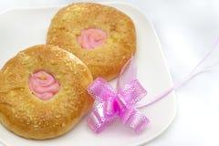 De Doughnut van de aardbei Royalty-vrije Stock Fotografie