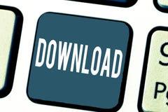 De Download van de handschrifttekst Concept die exemplaargegevens van één computersysteem betekenen een andere typisch over Inter royalty-vrije stock afbeelding
