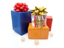De dozen van de gift met parfum Stock Foto's