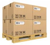 De dozen van het karton op pallet Stock Afbeelding