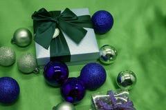 De dozen van de Kerstmisgift met boog Stock Fotografie
